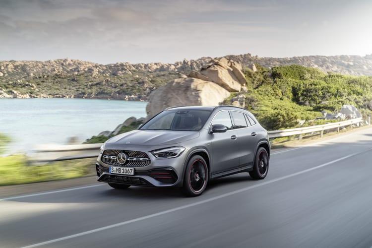 Mercedes-Benz-GLA-front-action
